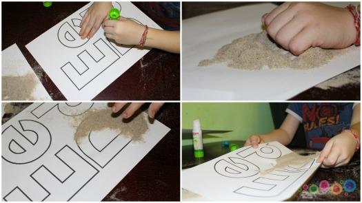 raidės+smėlis1
