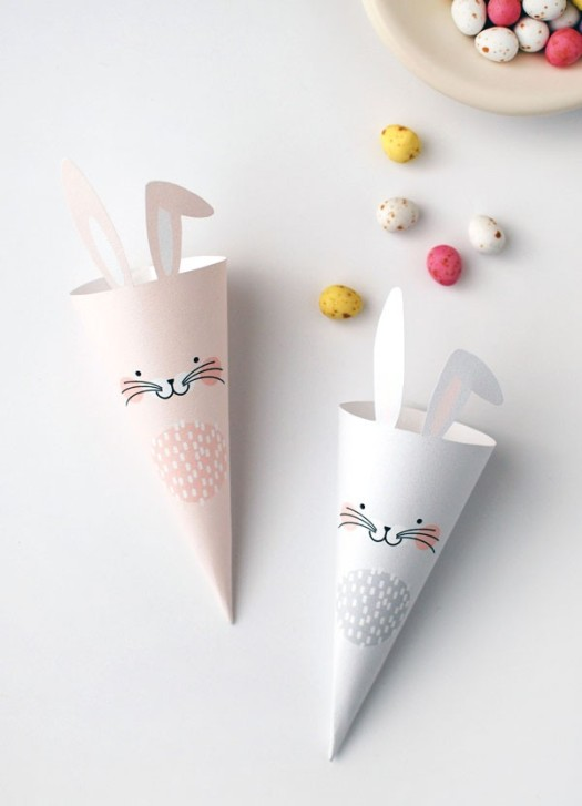 Easter-Bunny-printable-treat-cones_via_We-Are_scout-600x831